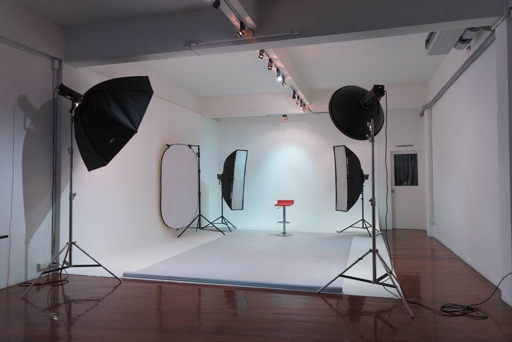 Photography School Asia- Bangkok - Studio & School.